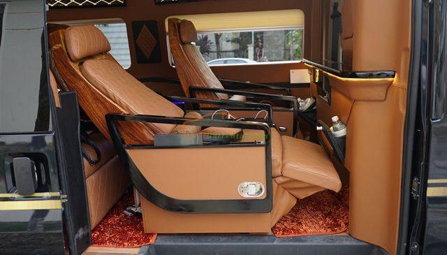 dcar limousine 9 seats
