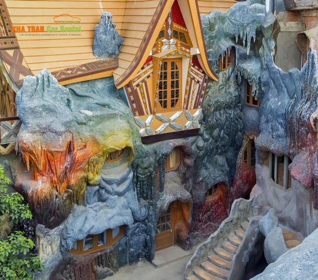the crazy house vietnam
